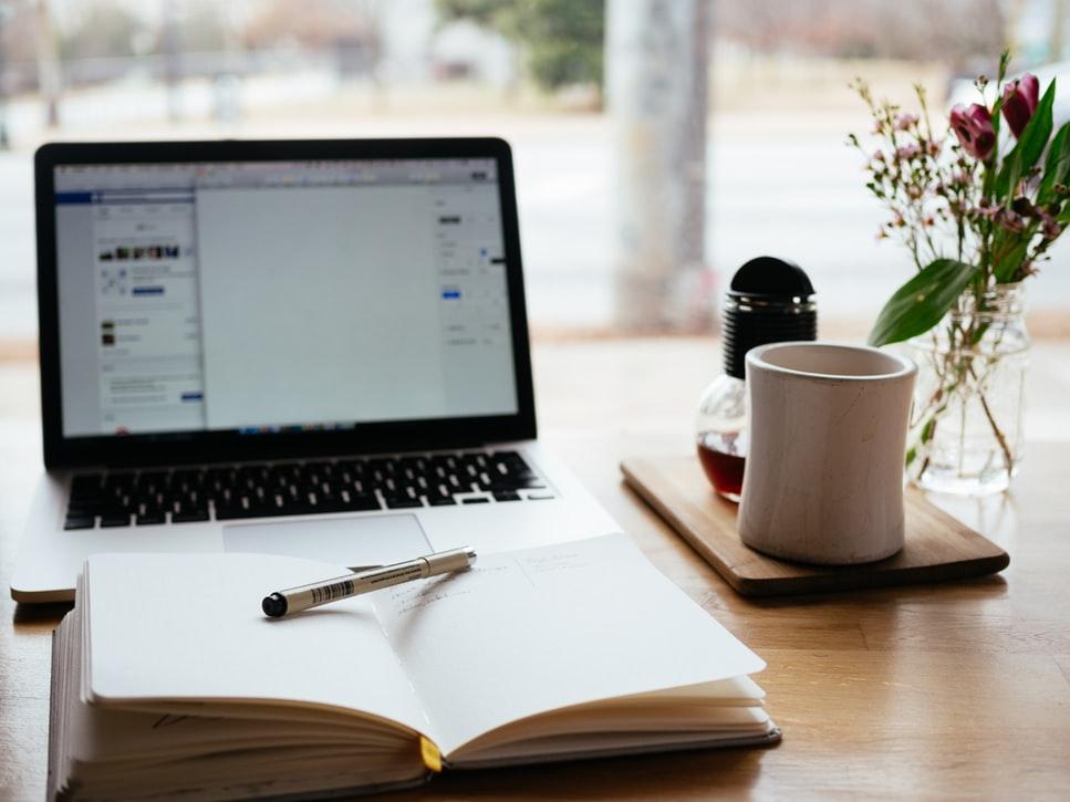 Cum să scrii un articol - Adelena Style